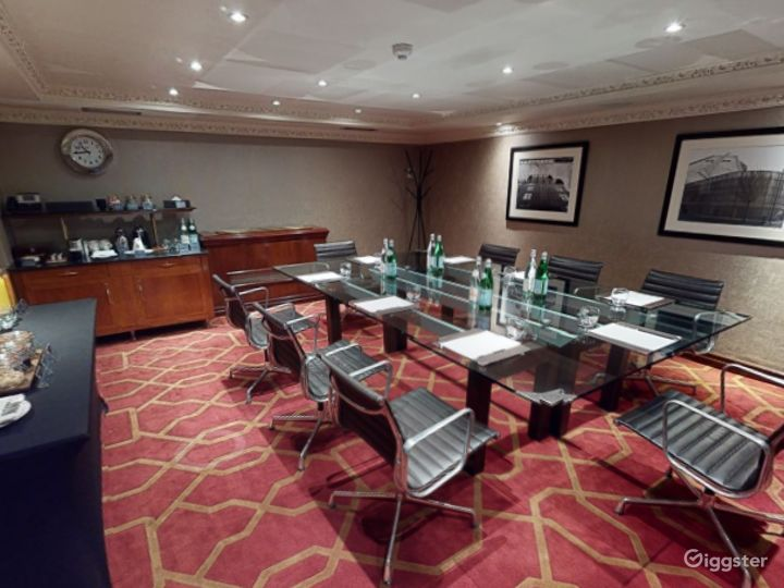Amazing Private Room 19 in London, Heathrow Photo 2