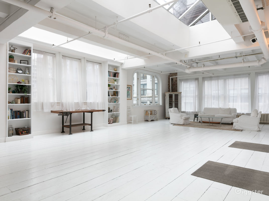 Fully-Furnished 4500 sq ft Penthouse in Manhattan Photo 3