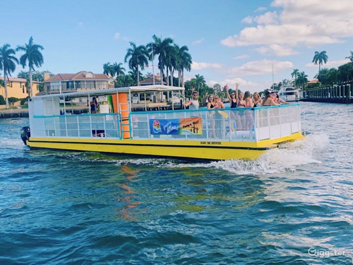 Party Boat in Tampa Photo 3