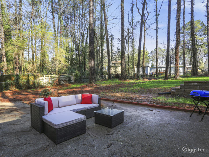 Lovely remodeled Doraville home convenient to 85 Photo 3