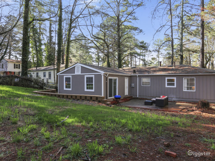 Lovely remodeled Doraville home convenient to 85 Photo 4