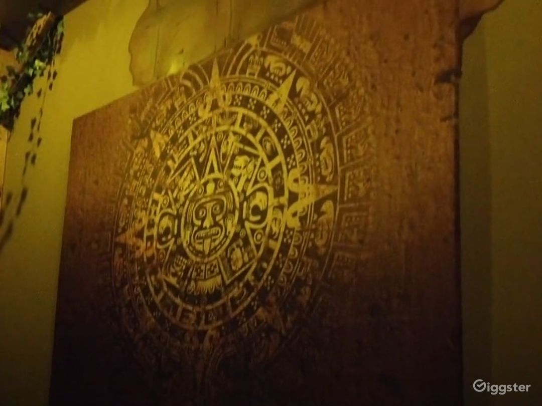 Mayan - Private Room in Las Vegas Photo 1