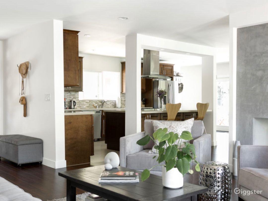 MidCentury Modern Home in Sherman Oaks, CA Photo 3