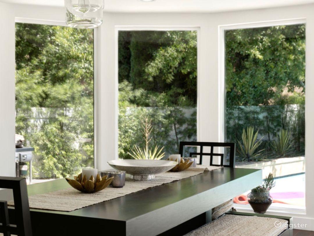 MidCentury Modern Home in Sherman Oaks, CA Photo 4