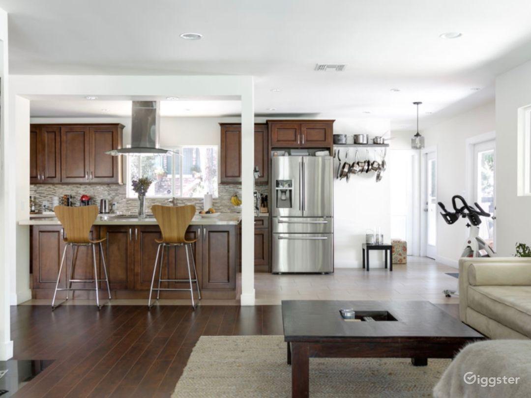 MidCentury Modern Home in Sherman Oaks, CA Photo 5