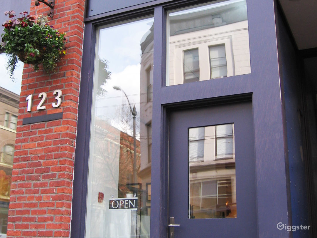 Gallery front - in the heart of the Pioneer Square District!