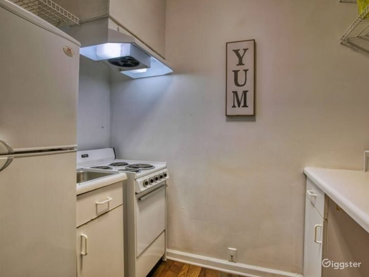 Renovated Home in Midtown - 9 Bedrooms Photo 5