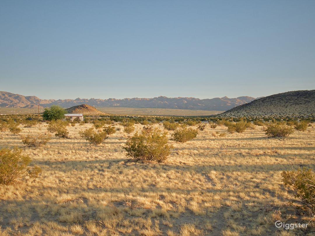 Mountainous Desert Landscape Views Photo 1