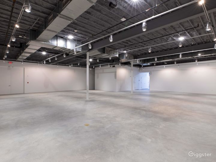 Spacious Gallery in Connecticut Photo 5