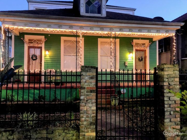 Welcoming & Charming Inn in New Orleans- FULL BUYOUT Photo 2