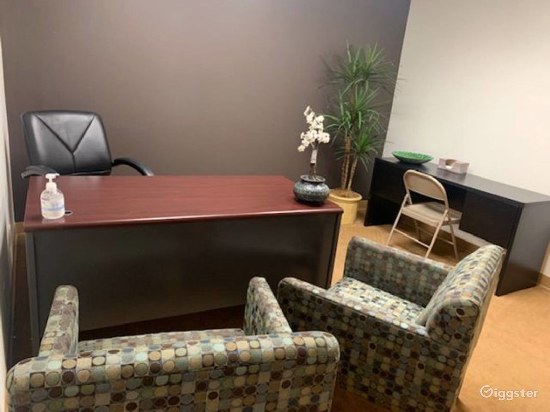 Day Office in La Mirada Photo 1