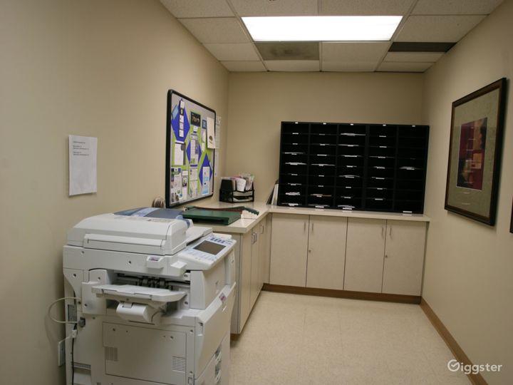 Day Office in La Mirada Photo 5