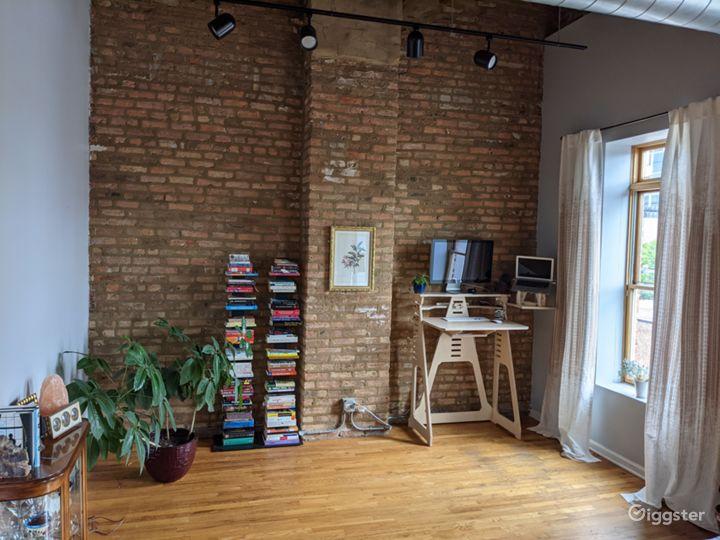 ☀️Huge Timber Loft w Exposed Brick & Tons of Light Photo 5