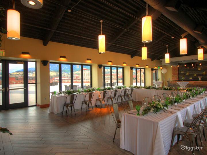 Elegant Rooftop Lounge Photo 3