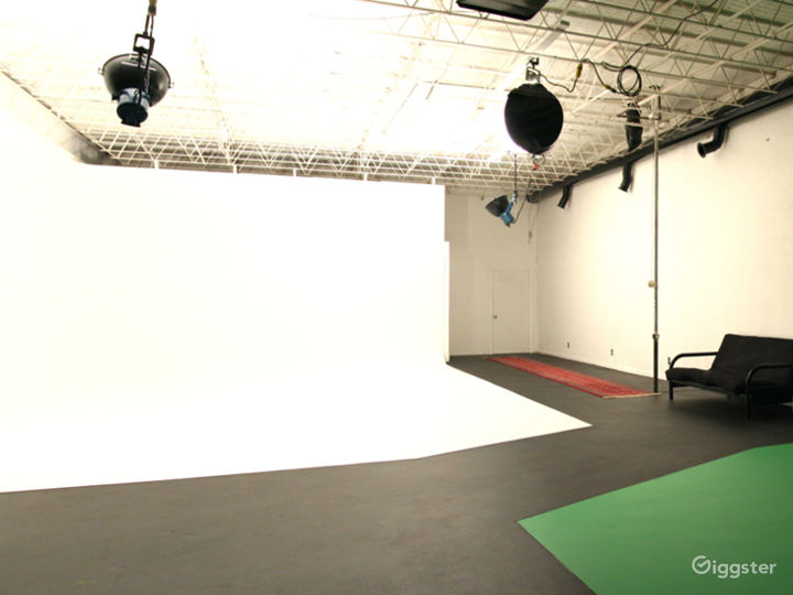 Video/photo studio in OKC Photo 2