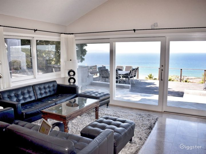 Rancho Palos Verdes home with stunning ocean view.