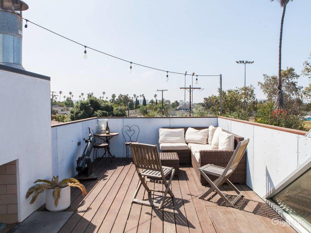Venice Beach Modern Home w/ Rooftop Photo 4