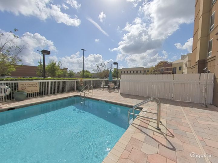 Spacious and Open Pool Space in Lakeland Photo 3