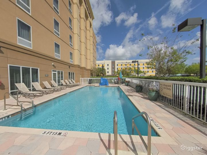 Spacious and Open Pool Space in Lakeland Photo 4