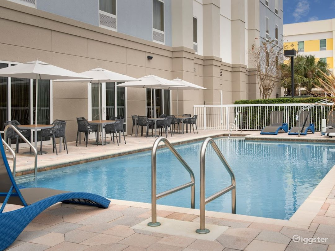 Spacious and Open Pool Space in Lakeland Photo 1