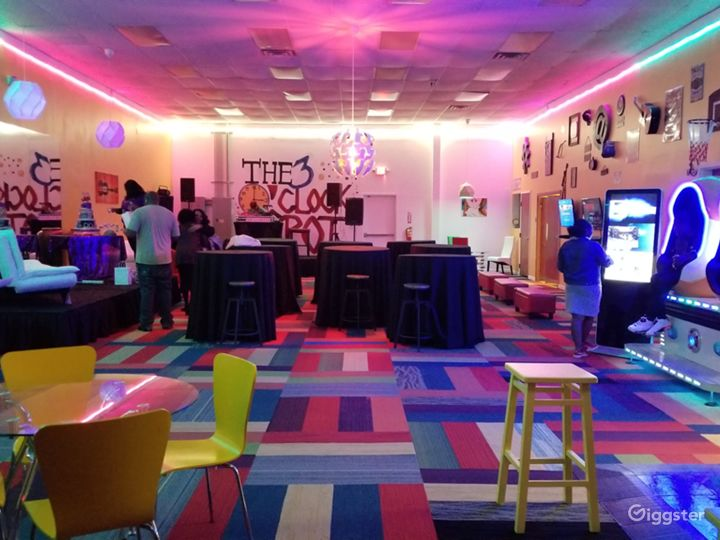 The 3 O' Clock Spot Event and Entertainment Lounge