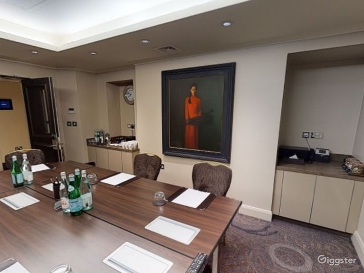 Lovely Private Room 7 in Cromwell Road, London Photo 3