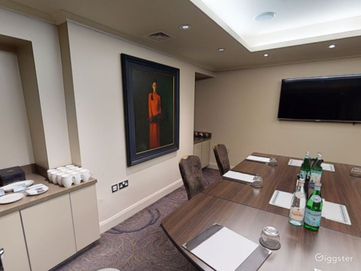 Lovely Private Room 7 in Cromwell Road, London Photo 4