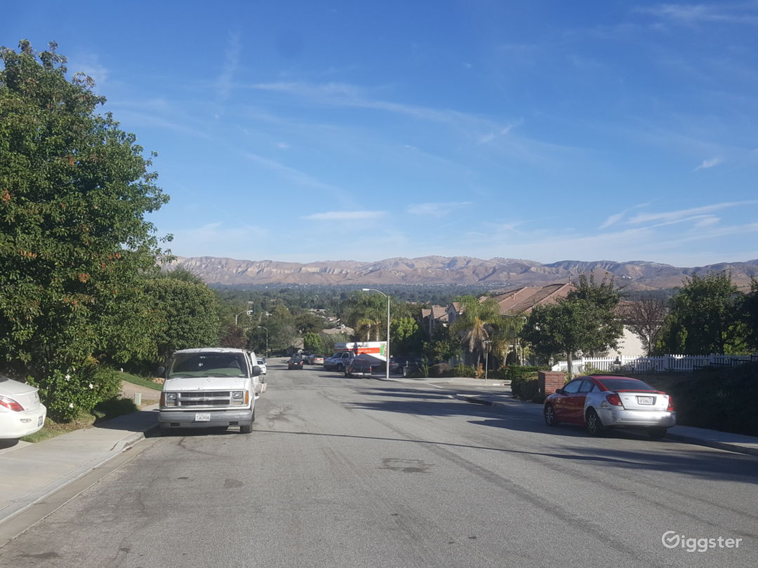 Beautiful views of Simi valley from the front yard
