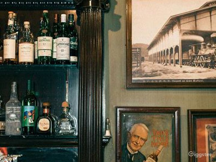 Picturesque Bar with a Rare Glimpse of Old San Francisco Photo 5
