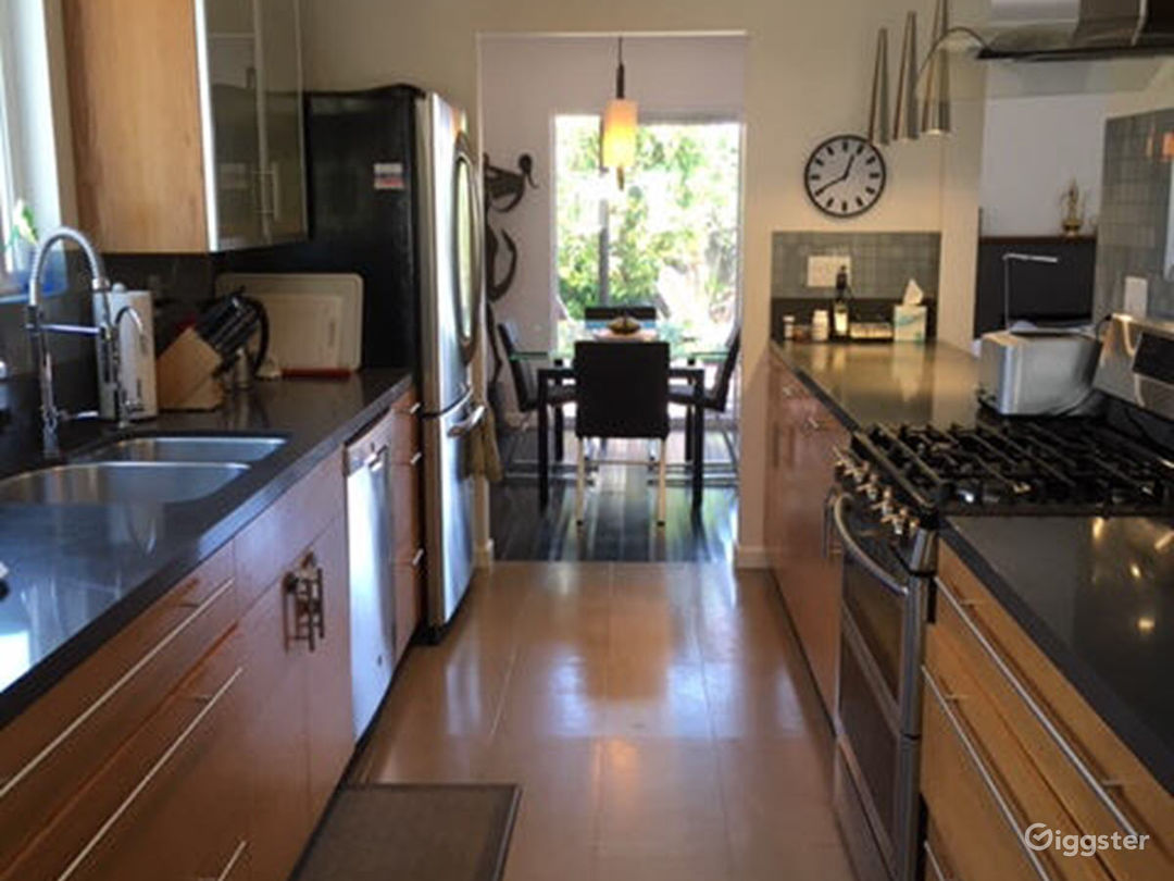 Kitchen connecting to dining area