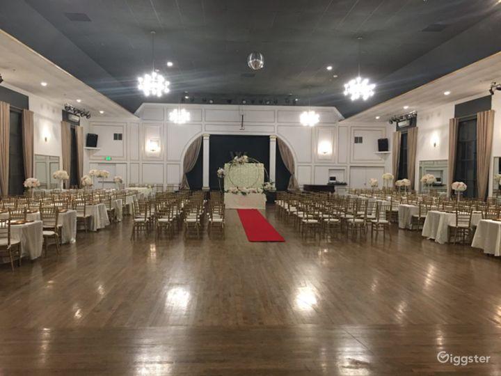 Spacious Historical Ballroom Venue Photo 5