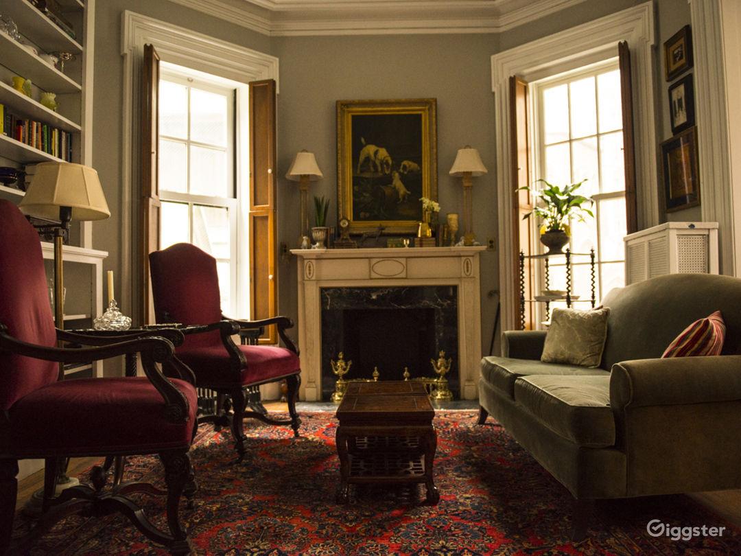 Classic Ornate Manhattan Greystone  Photo 2