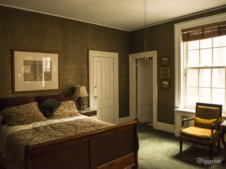 Classic Ornate Manhattan Greystone  Photo 4