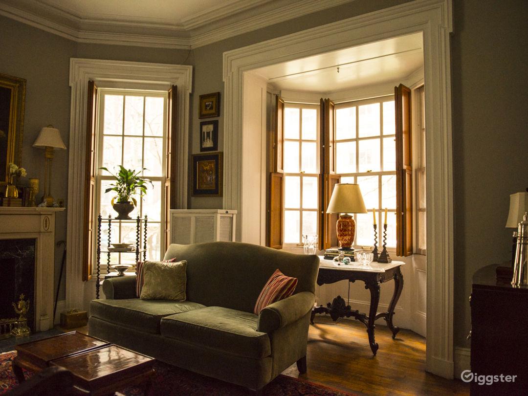 Classic Ornate Manhattan Greystone  Photo 1