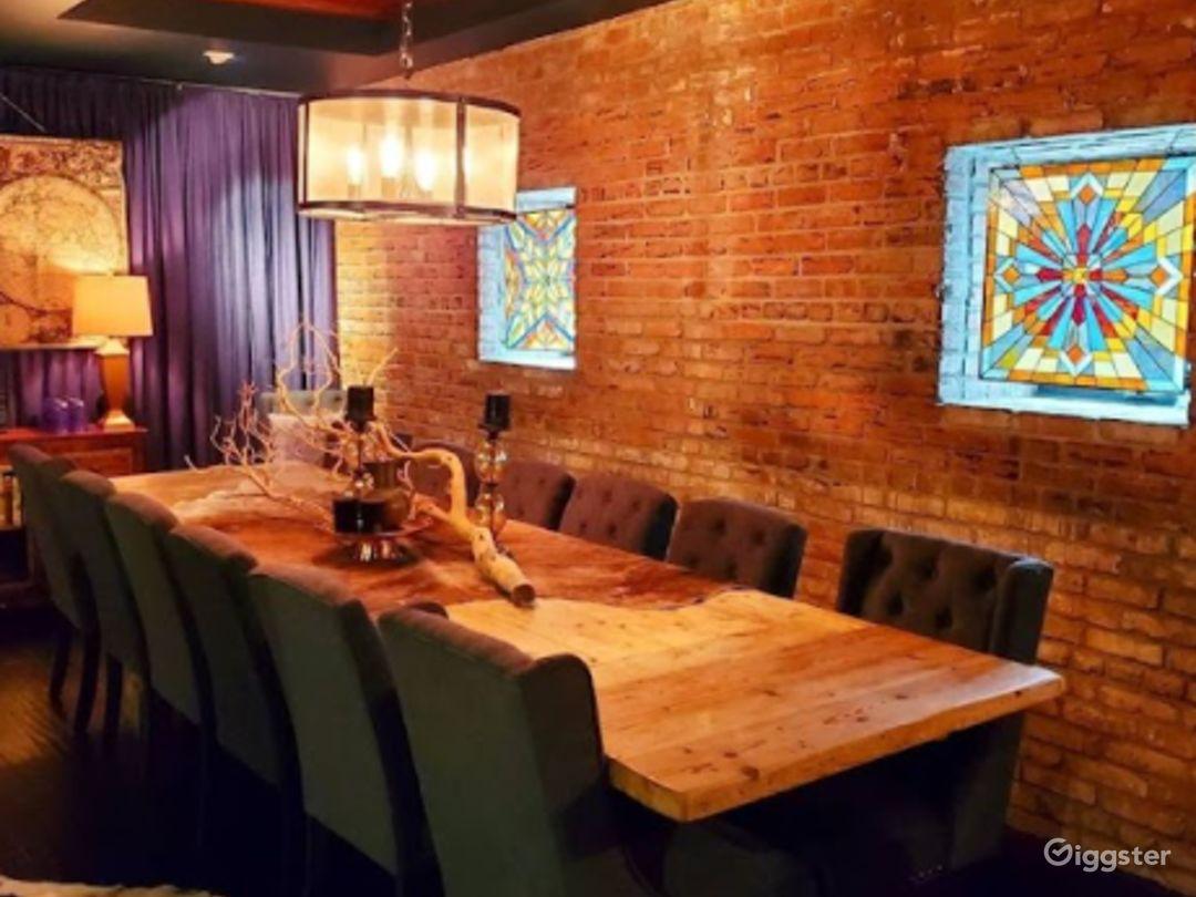 Cozy Cafe in LA Photo 1