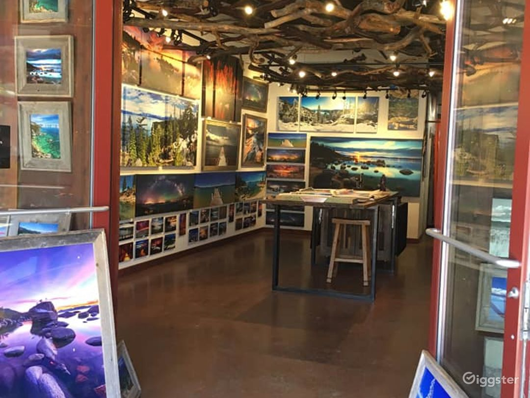 Picturesque Art Gallery in South Lake Photo 1