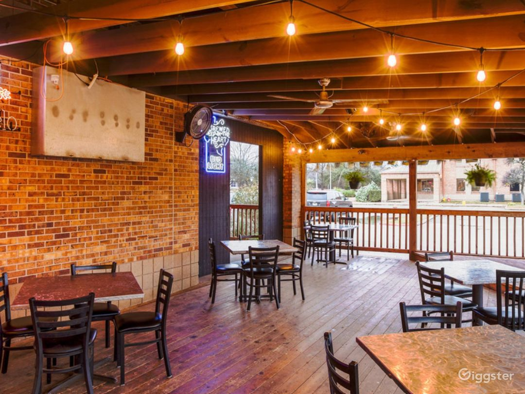 A Rustic Outdoor Dining Space in Cedar Park Photo 1