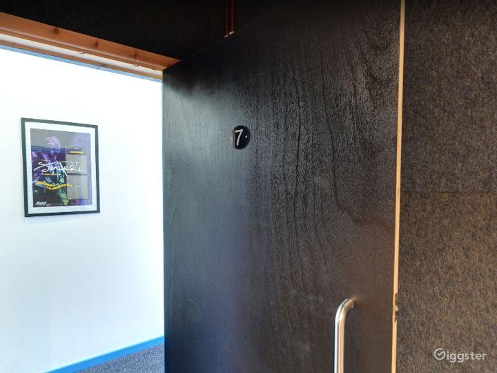 Music Room 7 in Birmingham Photo 2
