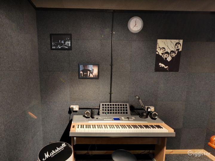 Music Room 7 in Birmingham Photo 4