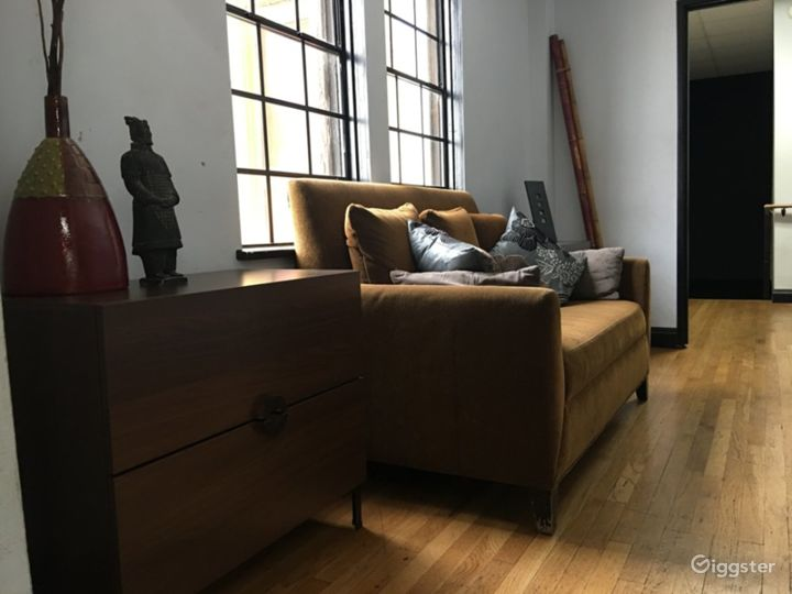 Serene Room in Torrance Photo 4