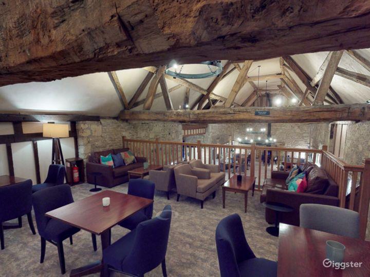 Semi-private Room in Oxford Photo 5