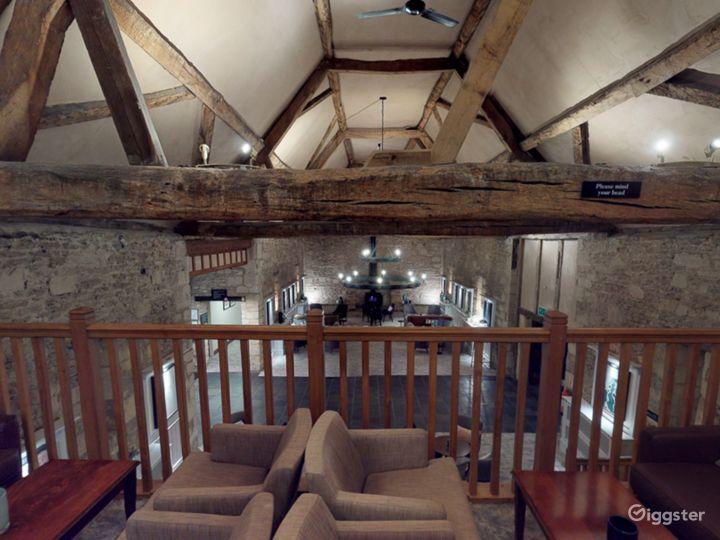 Semi-private Room in Oxford Photo 4