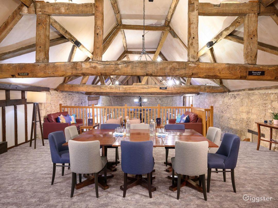 Semi-private Room in Oxford Photo 1
