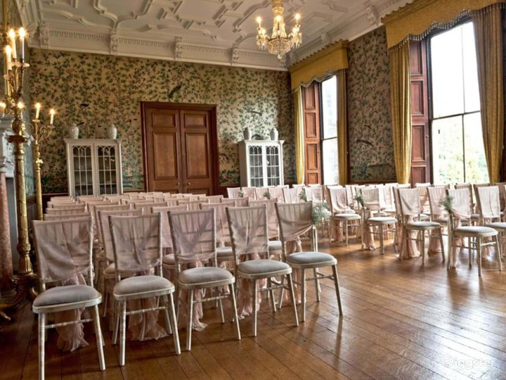 Fascinating Drawing Room in Stafford Photo 3