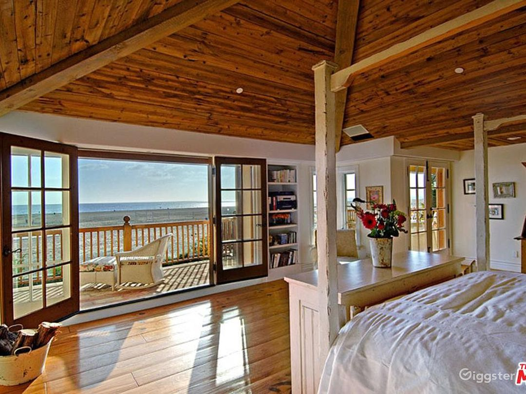 Oceanfront Spectacular Country English Estate  Photo 4