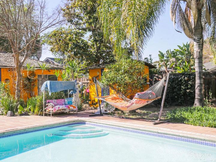 Colorful House, huge backyard & stunning Pool!  Photo 4
