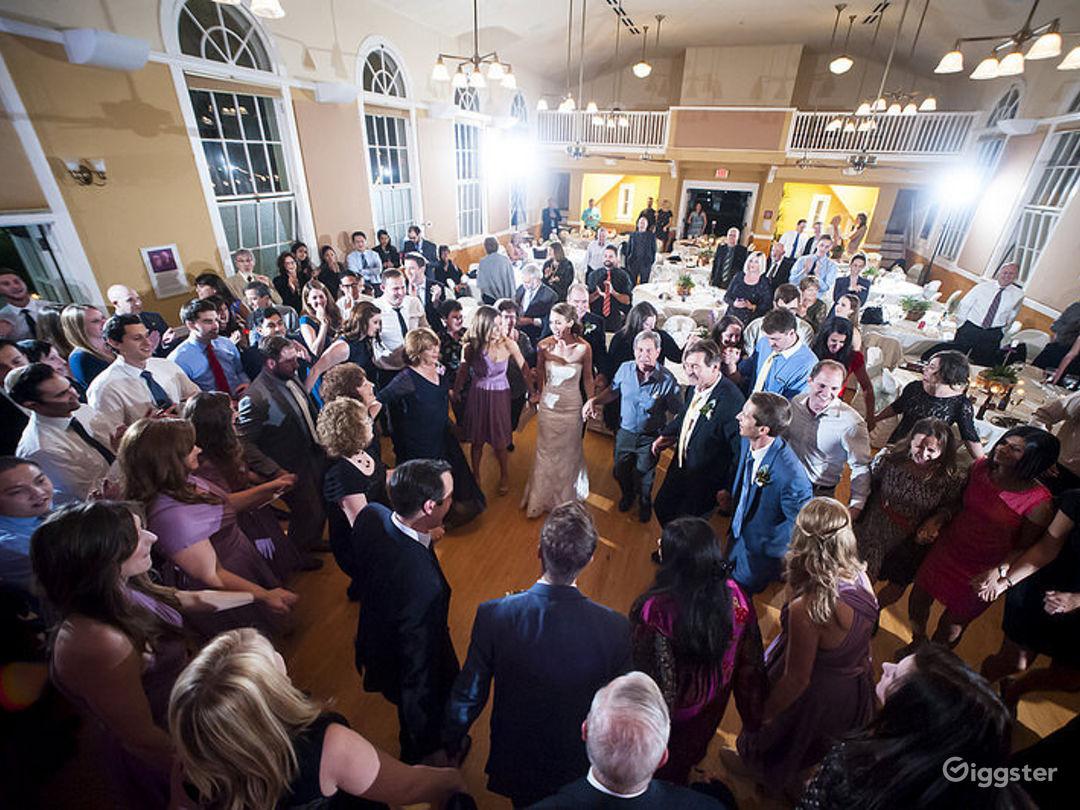 Stylish Wedding Reception At The Sanctuary Photo 1