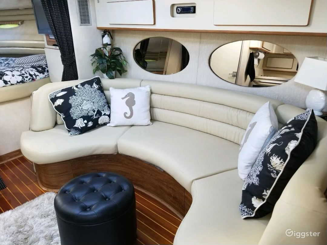 Modish 43FT MAXUM Oceanika Party Yacht Space Events Photo 1