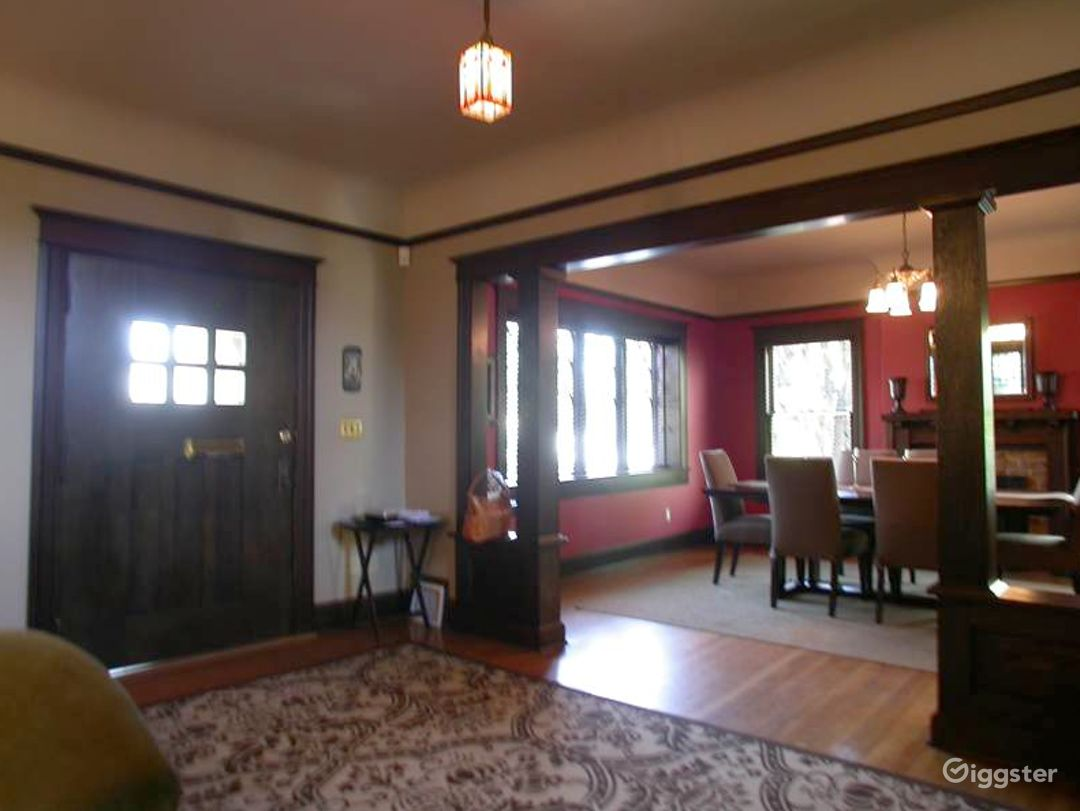 Craftsman with open space Photo 2