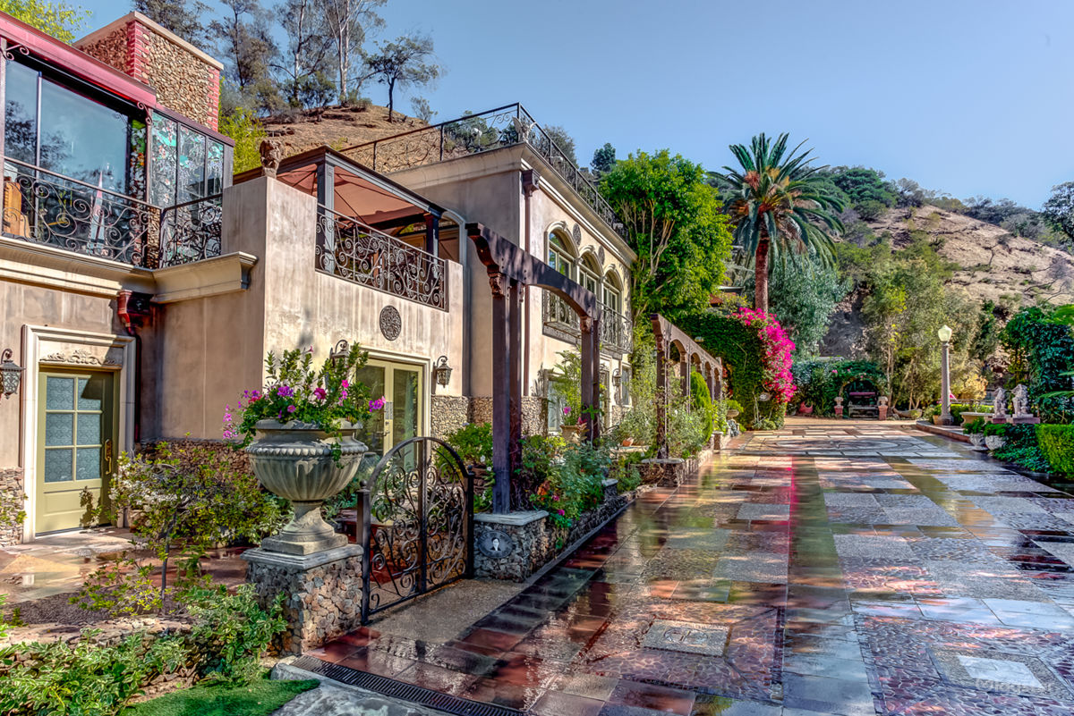 rent iconic hollywood hills estate mansion or estate residential